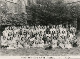 Faculty and students from the Bryn Mawr Summer School for Women Workers in Industry