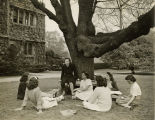 Class in Front of Thomas Library