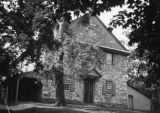 Falls Friends Meeting House / William Penn Center
